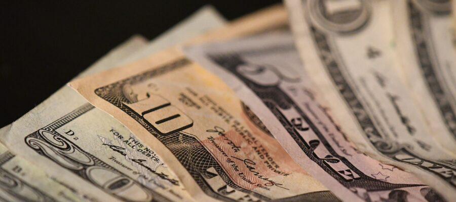 Money Cash Dollar Currency Bill  - jillianwashere / Pixabay